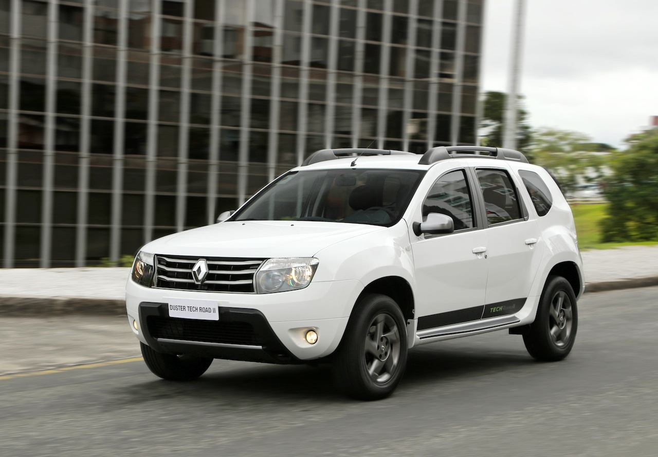 Renault duster 2013 black the image kid for Dacia duster foto