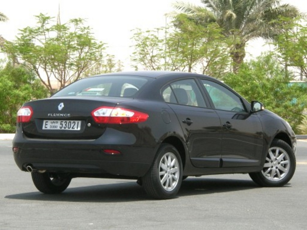 2011 Renault Fluence Pictures Information And Specs