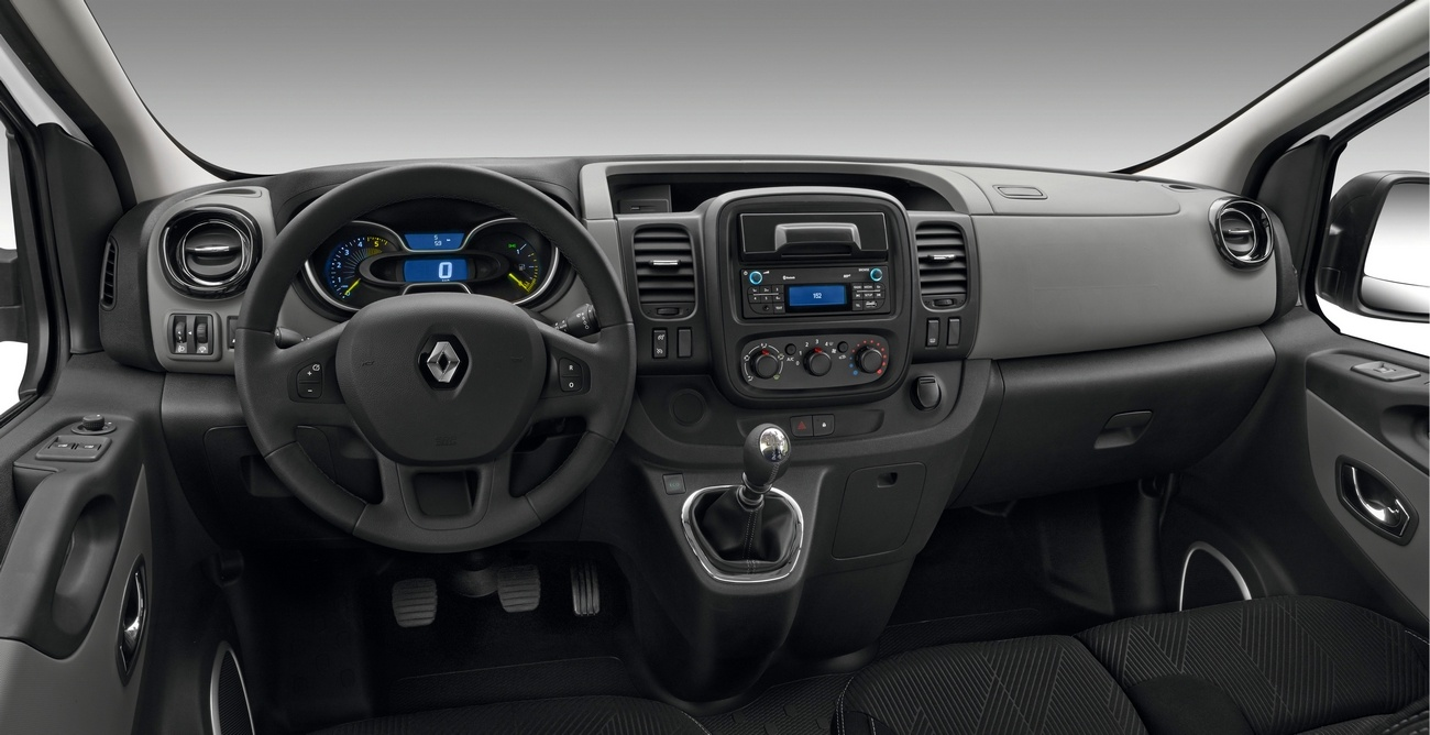 2016 Renault Master Iii Combi Pictures Information And