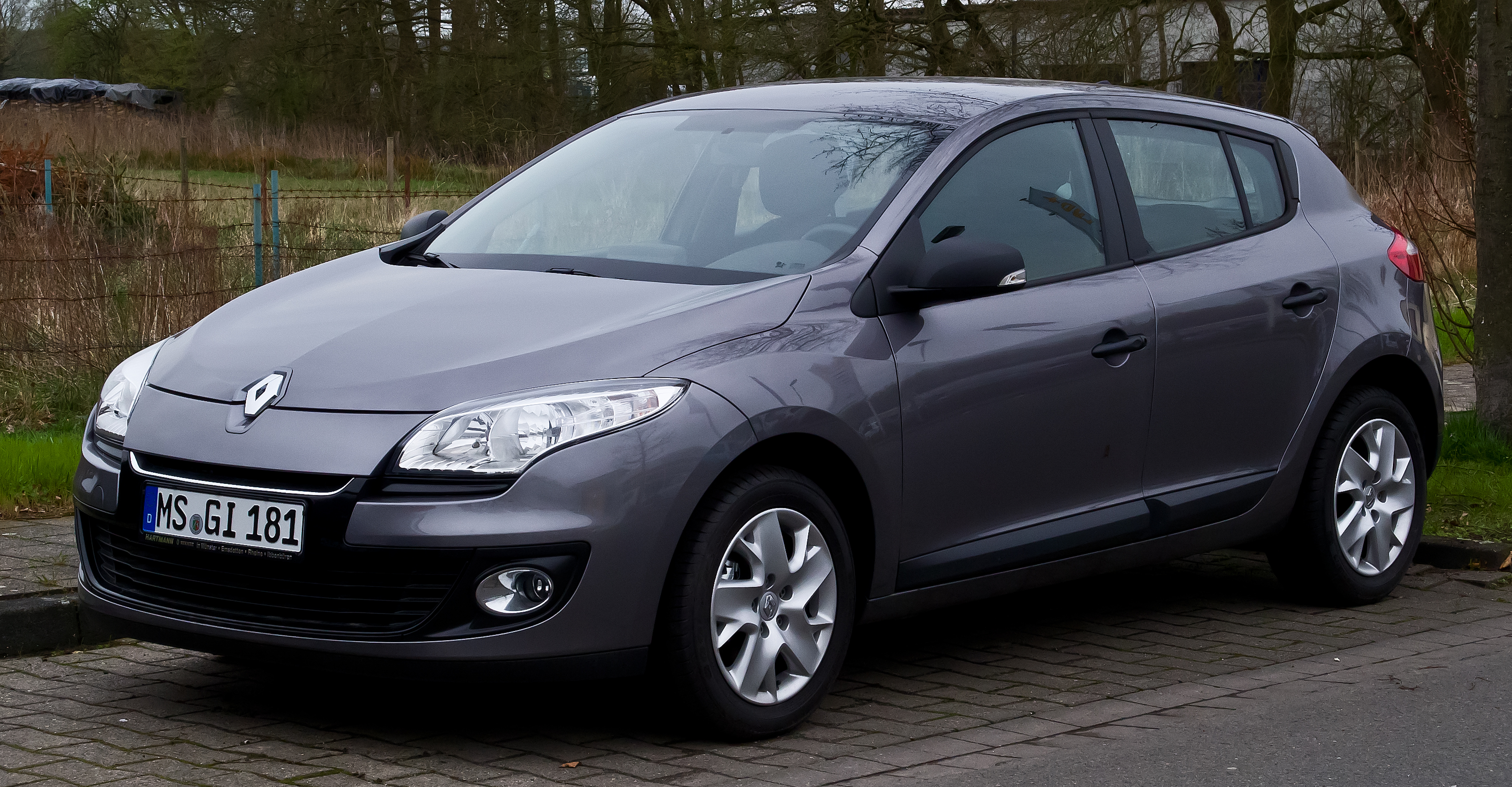 2013 renault megane iii pictures information and specs auto. Black Bedroom Furniture Sets. Home Design Ideas