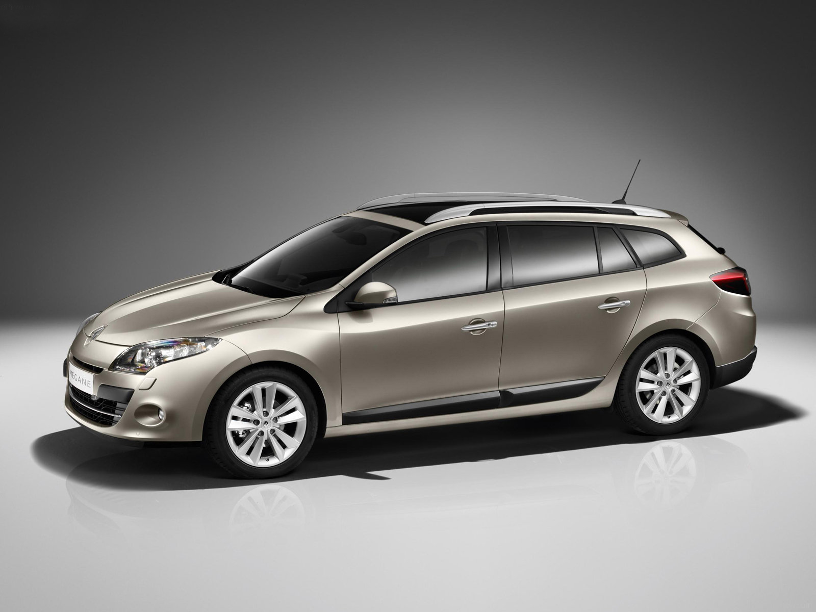 renault megane iii estate 2015 models