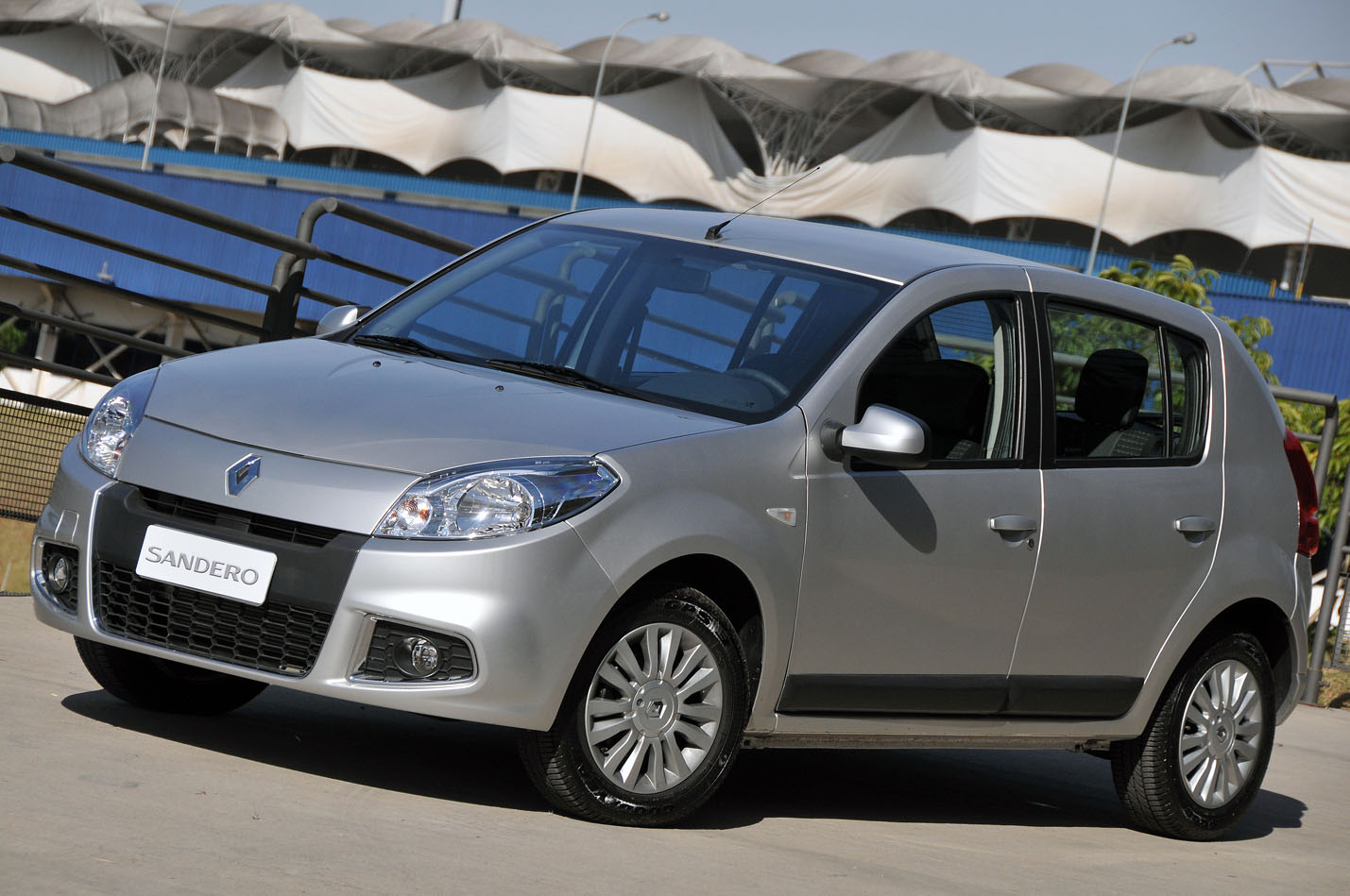 2011 Renault Sandero – pictures, information and specs ...