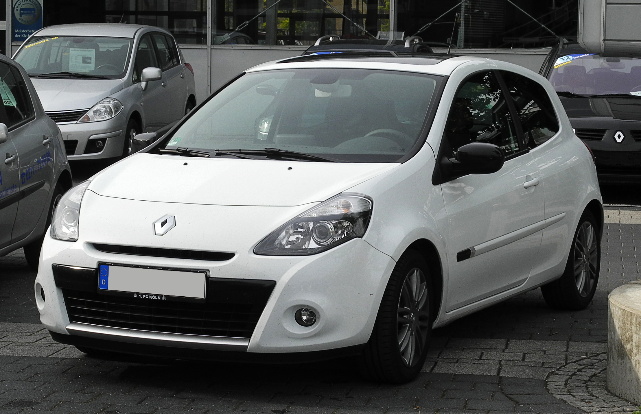 2011 Renault Symbol Ii Pictures Information And Specs Auto