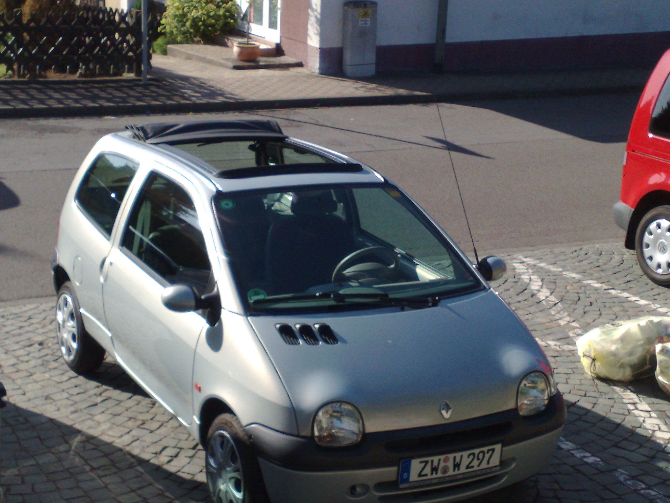 2002 renault twingo c06 pictures information and specs auto. Black Bedroom Furniture Sets. Home Design Ideas