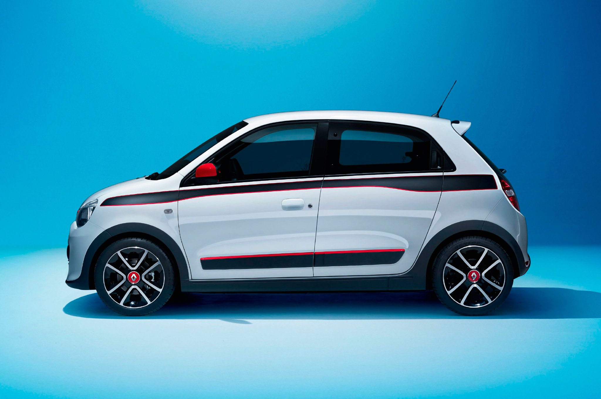 2015 renault twingo ii pictures information and specs auto. Black Bedroom Furniture Sets. Home Design Ideas