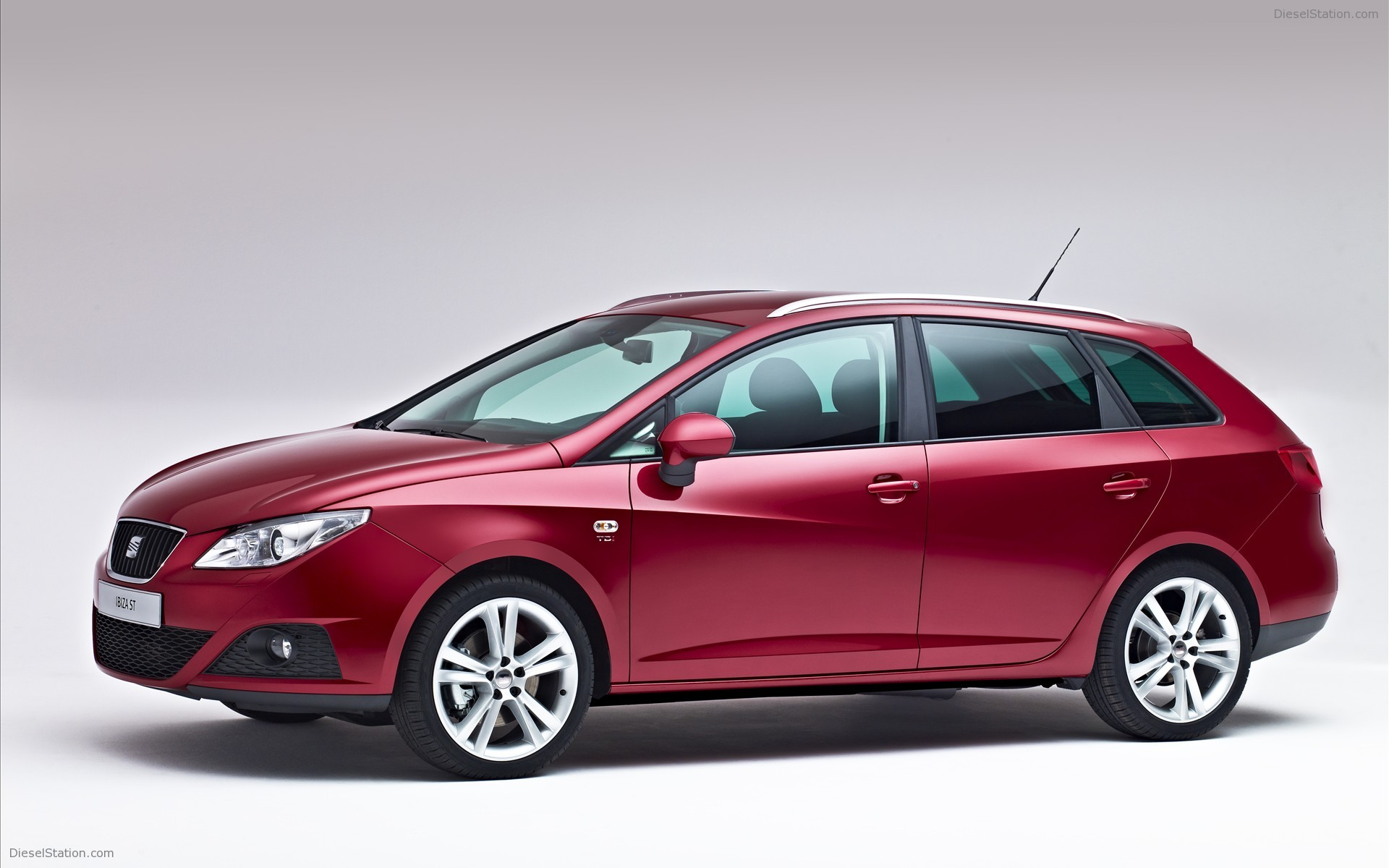 2014 seat ibiza st pictures information and specs. Black Bedroom Furniture Sets. Home Design Ideas