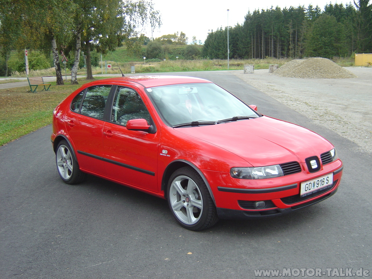 2000 seat leon 1m pictures information and specs. Black Bedroom Furniture Sets. Home Design Ideas
