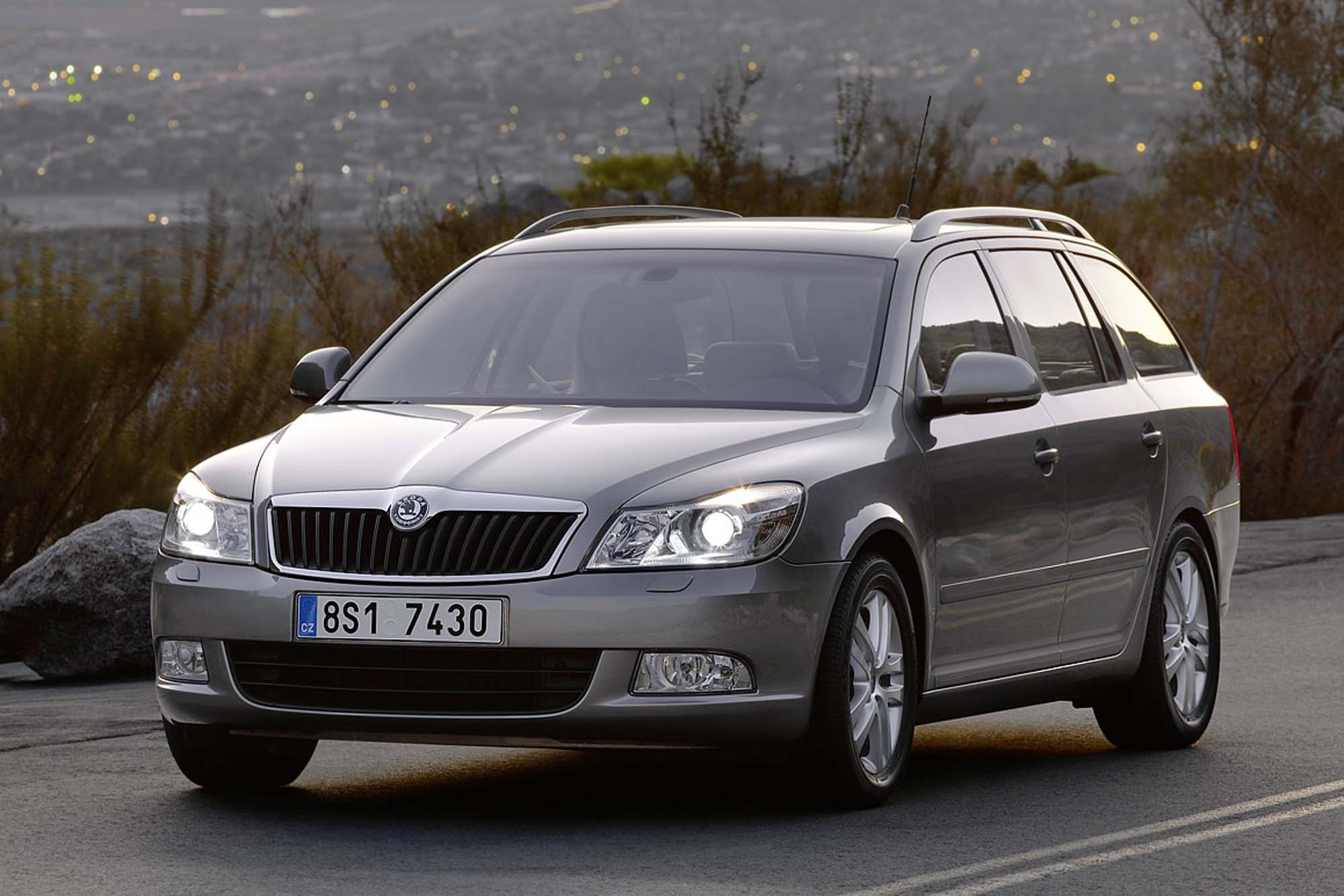 2009 skoda octavia tour ii pictures information and specs auto. Black Bedroom Furniture Sets. Home Design Ideas