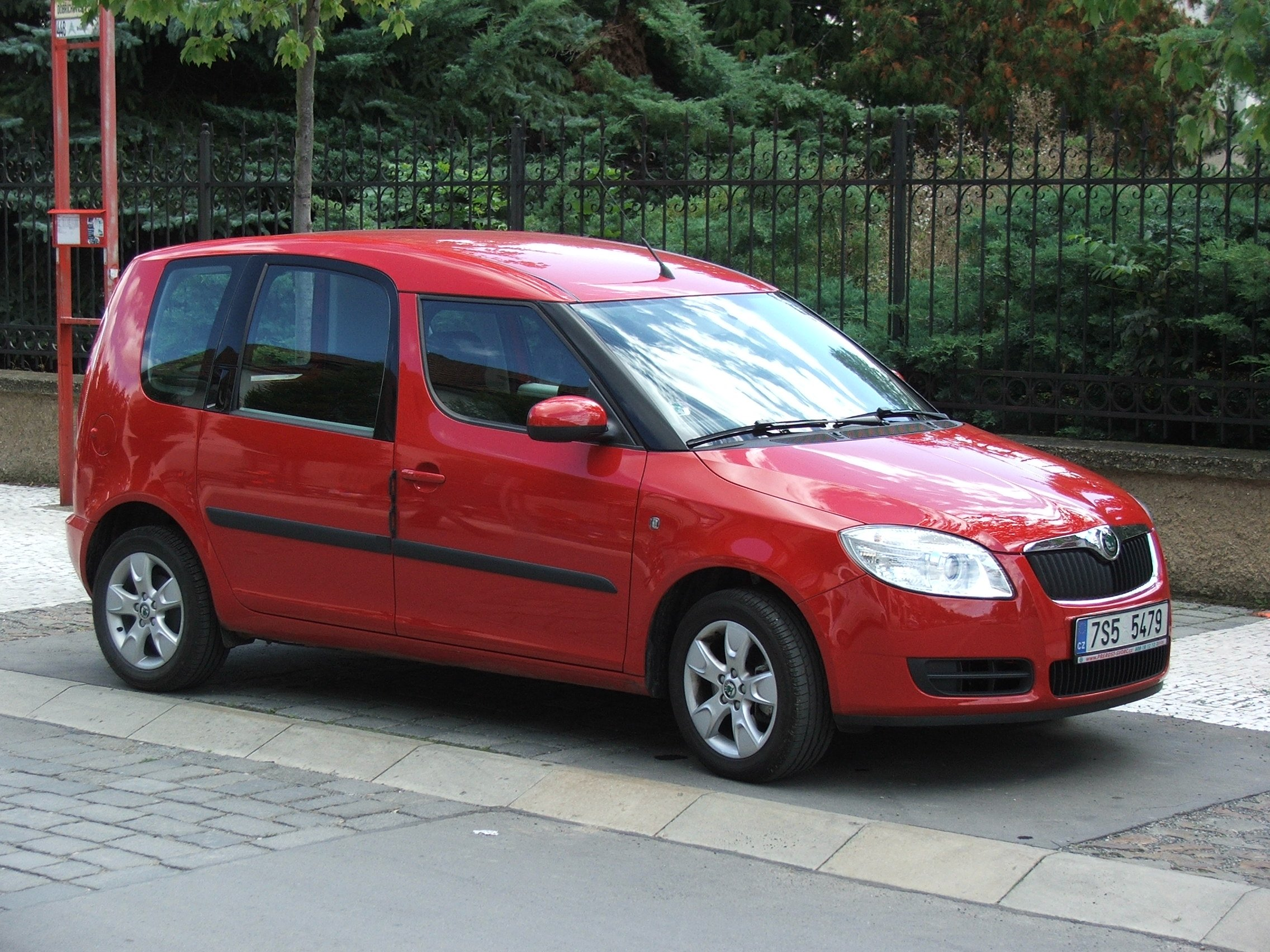 skoda roomster images
