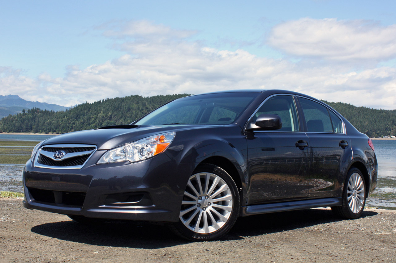 subaru legacy v 2010 pictures