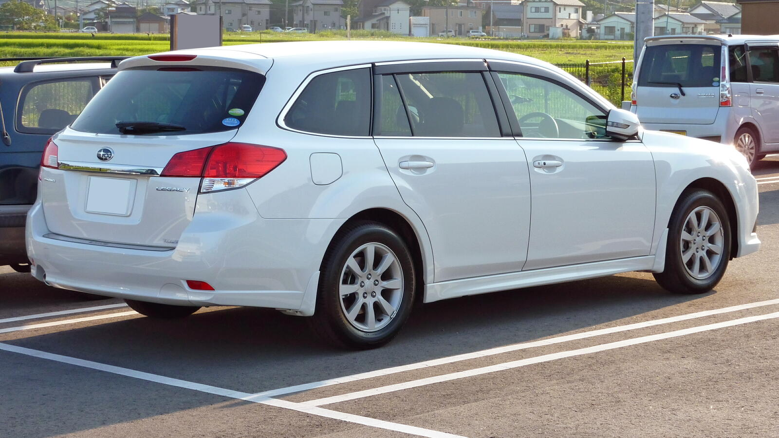 2014 subaru legacy wagon v pictures information and specs auto. Black Bedroom Furniture Sets. Home Design Ideas
