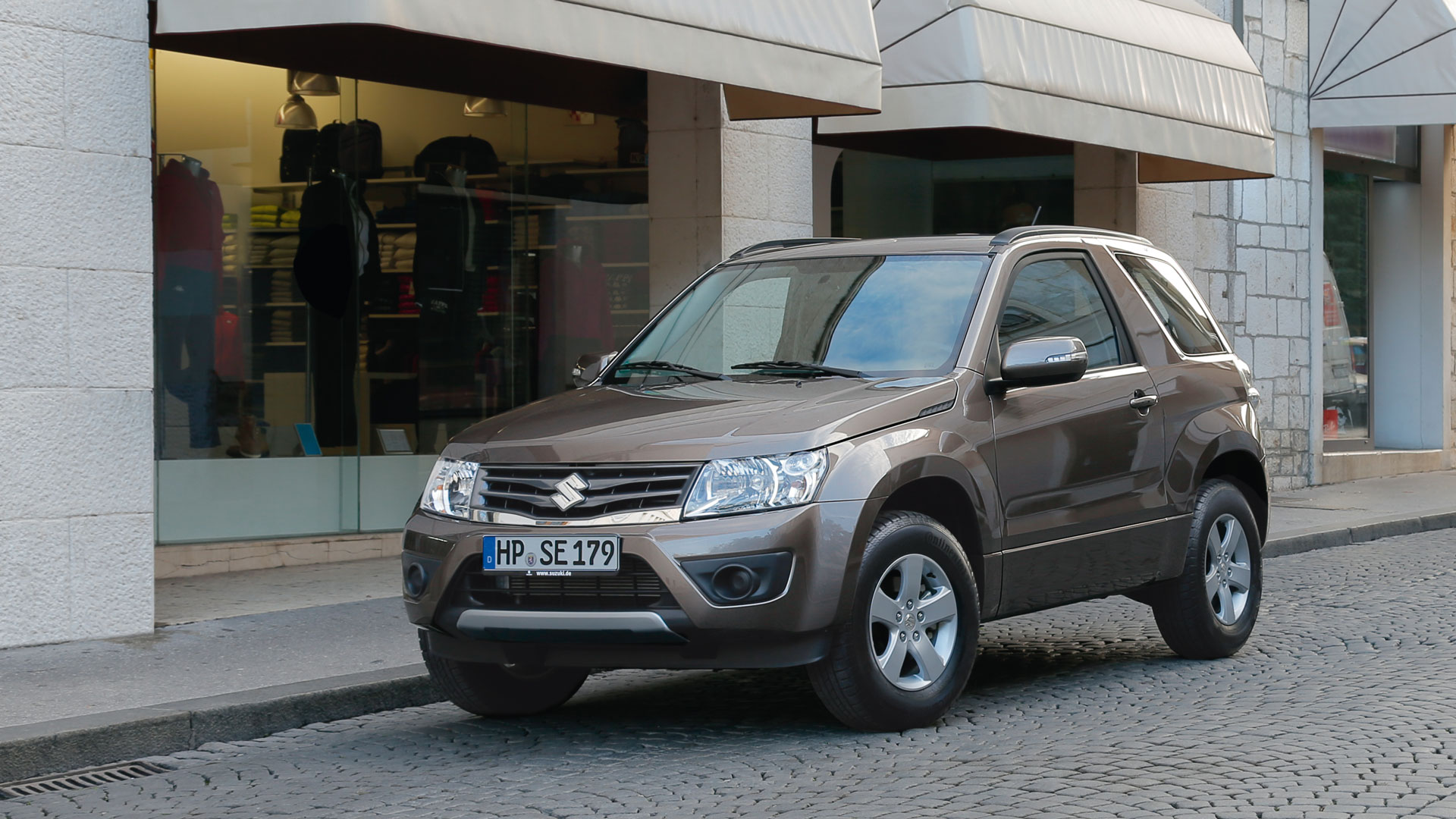 2014 suzuki grand vitara ii pictures information and specs auto. Black Bedroom Furniture Sets. Home Design Ideas