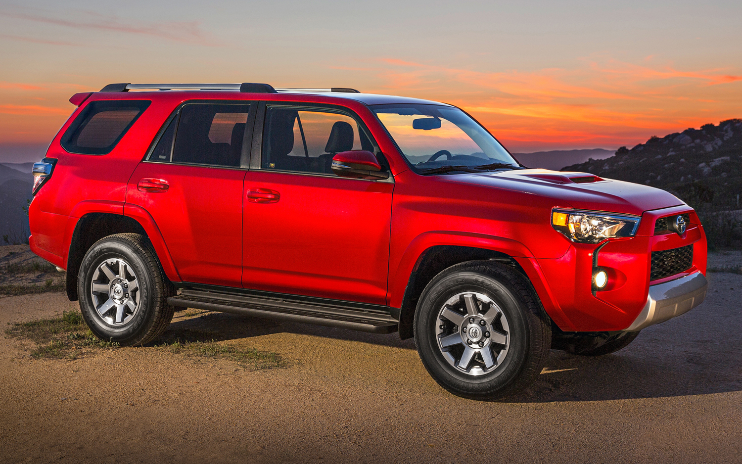 2015 toyota 4runner iv pictures information and specs auto. Black Bedroom Furniture Sets. Home Design Ideas