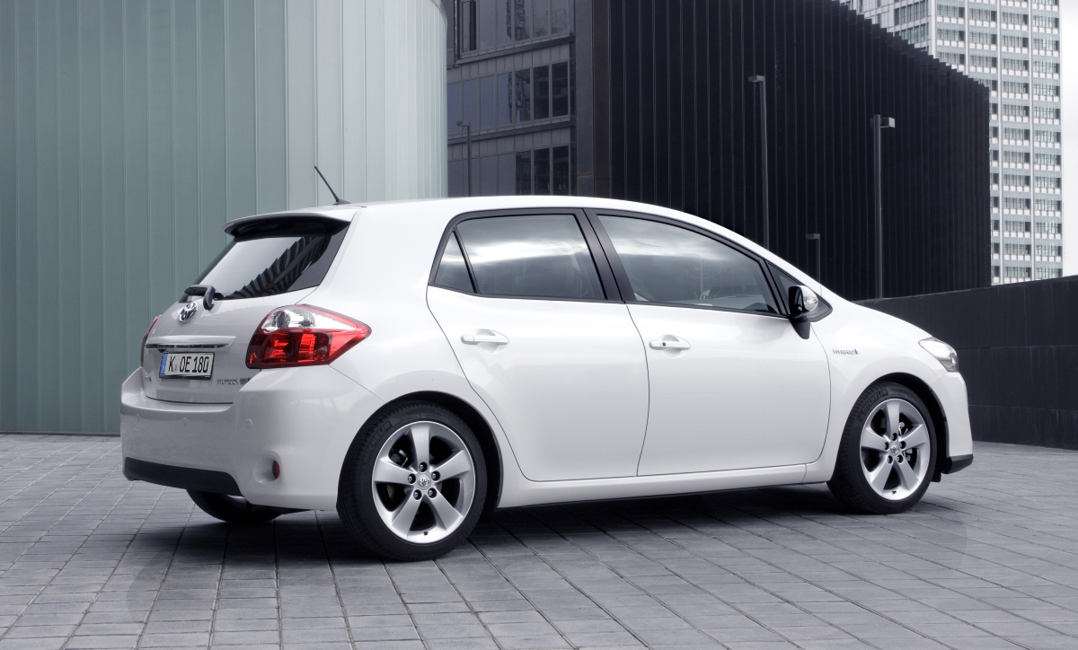 2011 toyota auris pictures information and specs auto. Black Bedroom Furniture Sets. Home Design Ideas