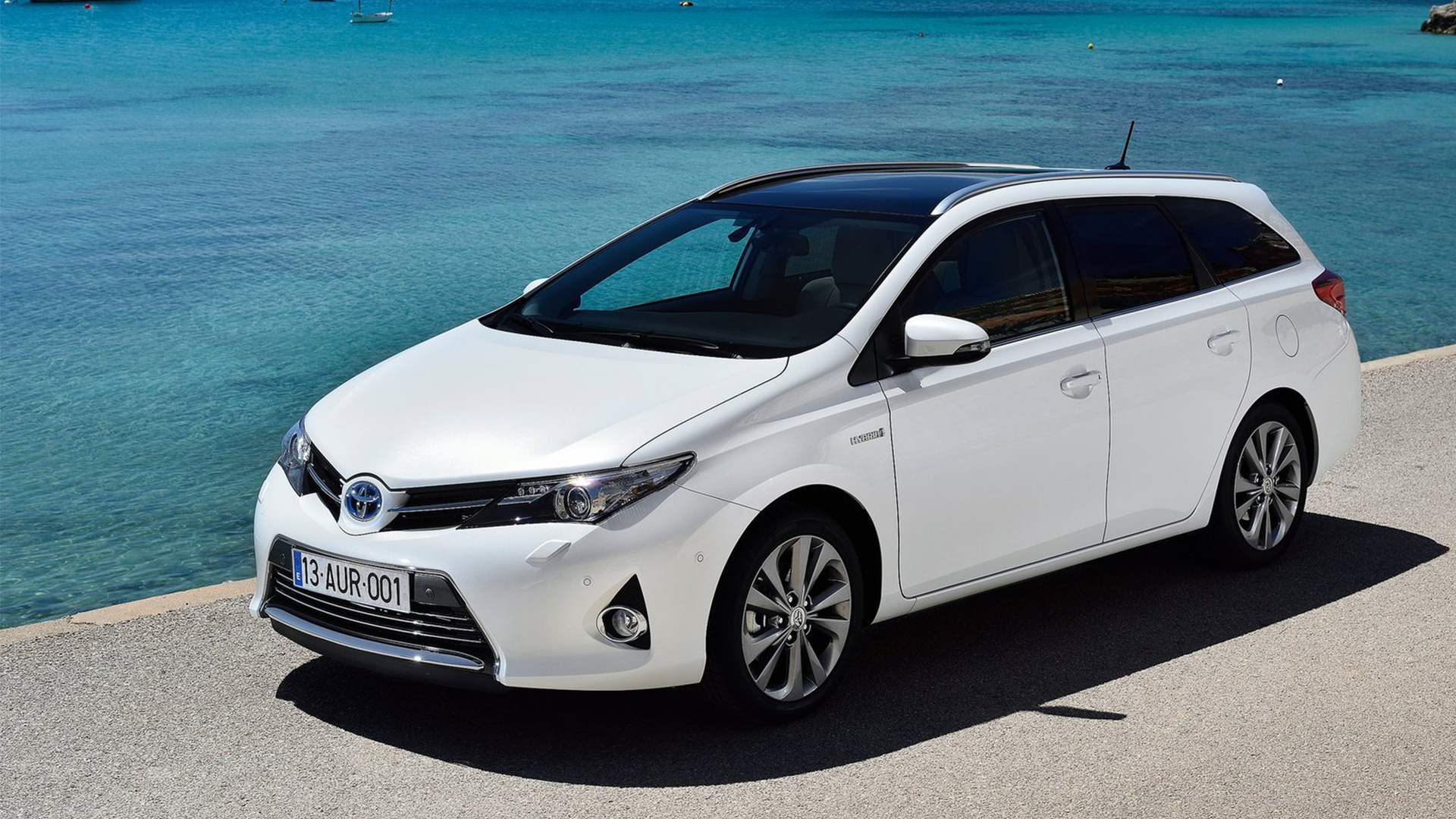 2014 toyota auris pictures information and specs auto. Black Bedroom Furniture Sets. Home Design Ideas