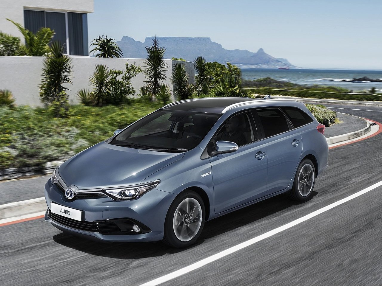 2016 toyota auris ii pictures information and specs auto. Black Bedroom Furniture Sets. Home Design Ideas