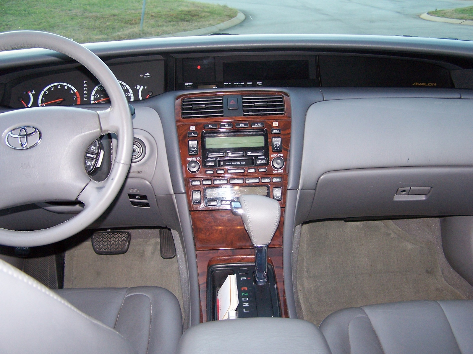 2002 toyota avalon ii pictures information and specs for Toyota avalon interior dimensions