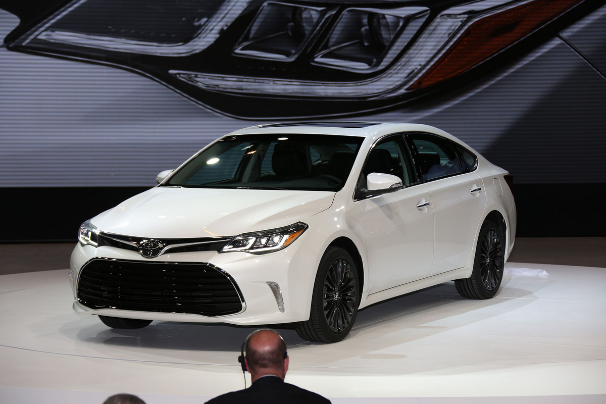 2016 toyota avalon iii pictures information and specs auto. Black Bedroom Furniture Sets. Home Design Ideas