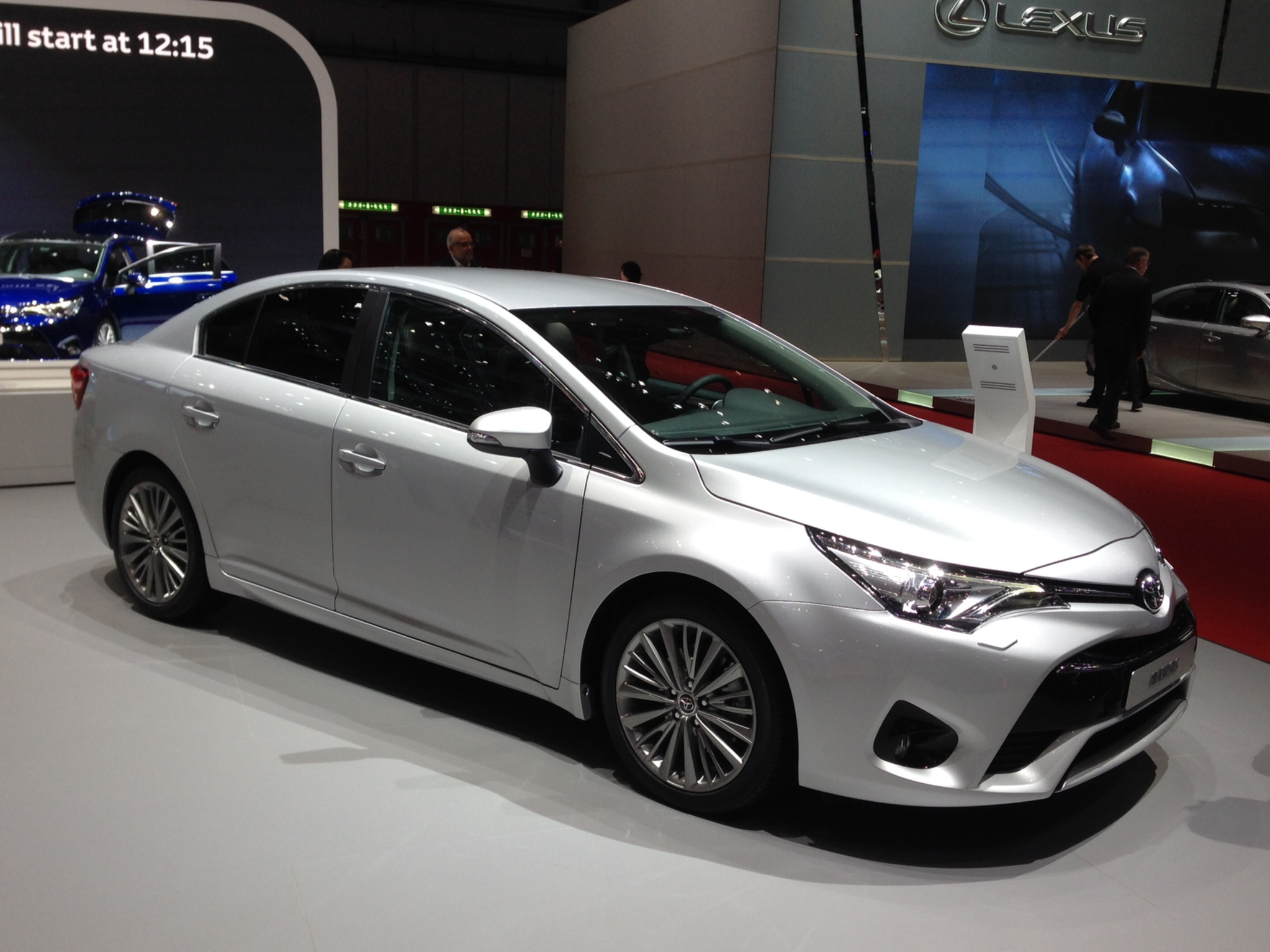 2015 Toyota Avensis Iii Pictures Information And Specs