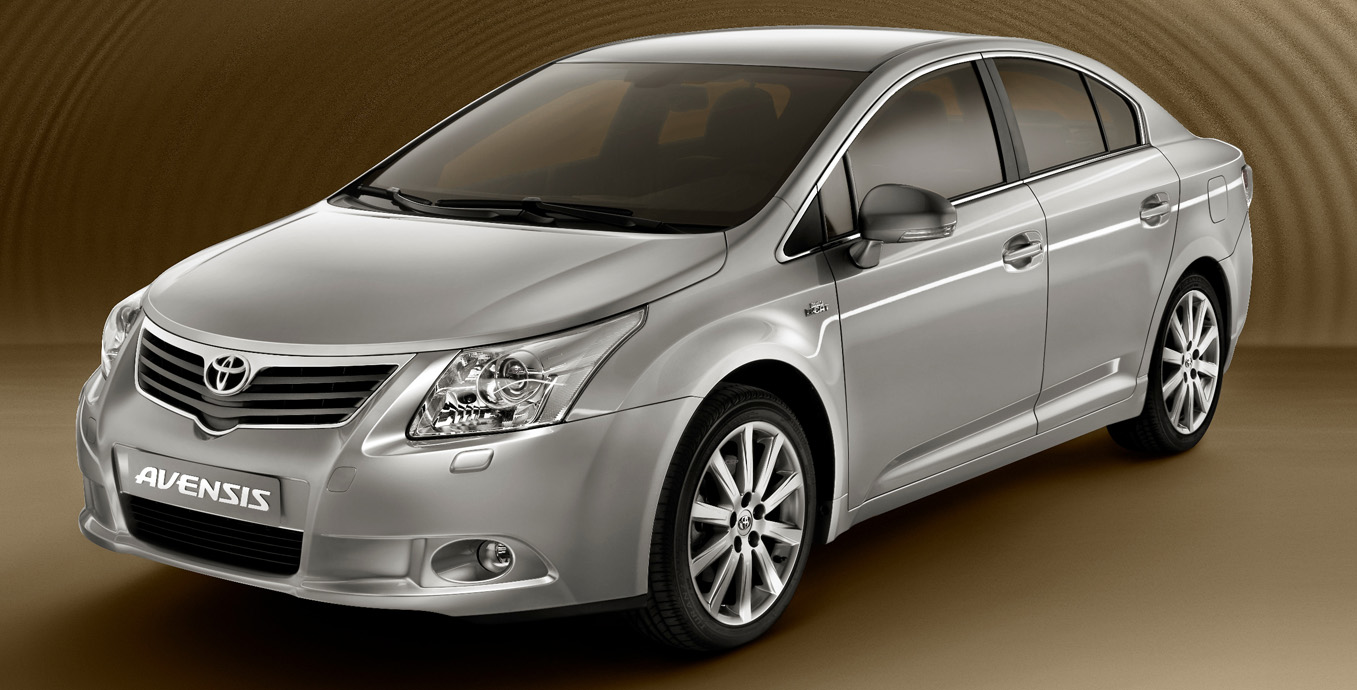 toyota avensis pictures