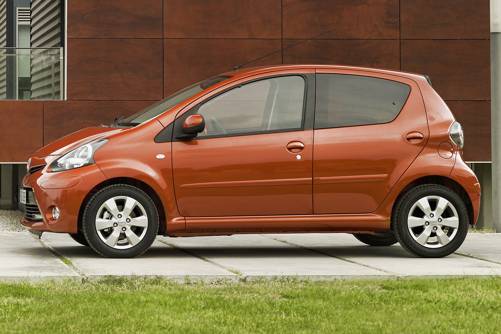 2012 toyota aygo pictures information and specs auto. Black Bedroom Furniture Sets. Home Design Ideas