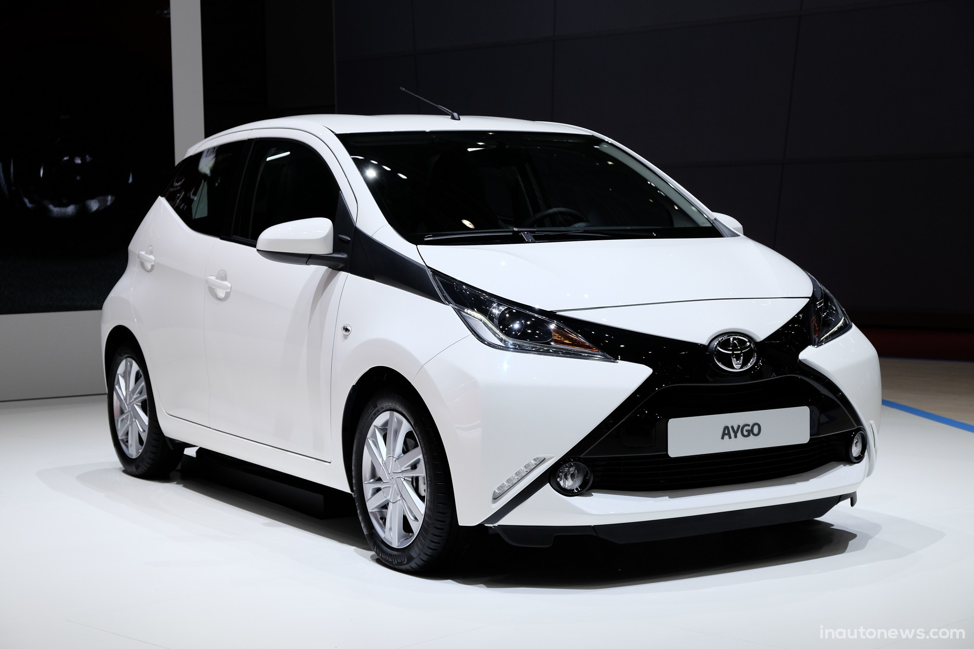 2014 toyota aygo pictures information and specs auto. Black Bedroom Furniture Sets. Home Design Ideas