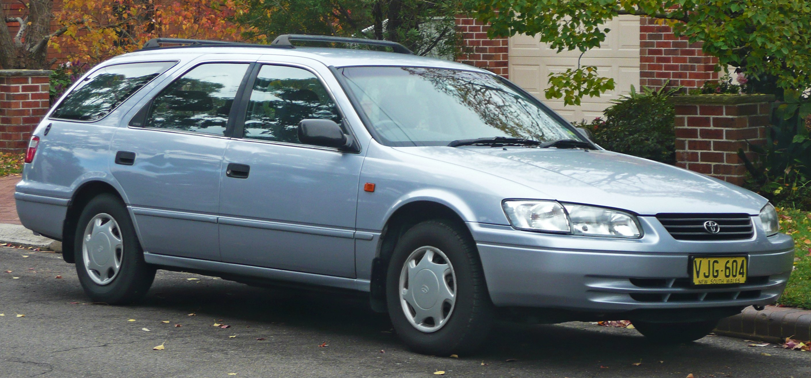 1998 Toyota Camry station wagon (xv20) – pictures ...