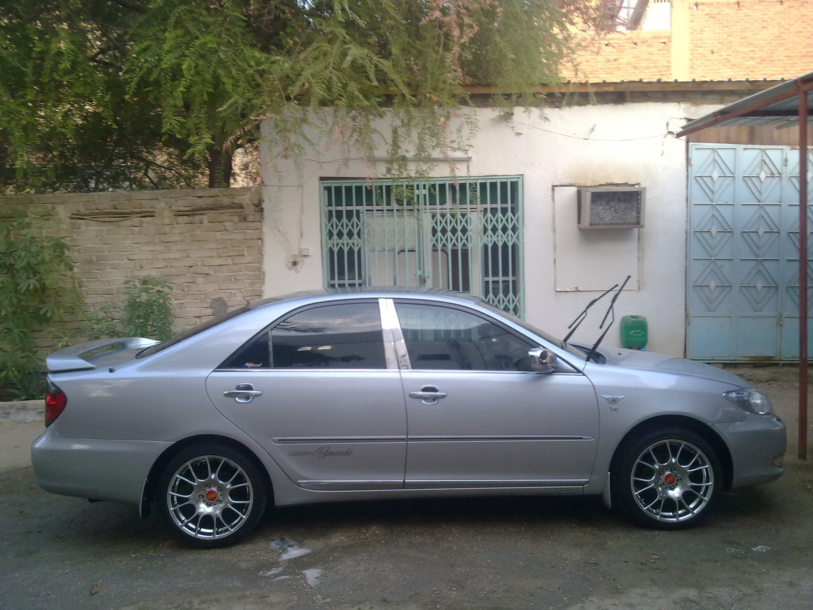 2003 toyota camry v pictures information and specs auto. Black Bedroom Furniture Sets. Home Design Ideas