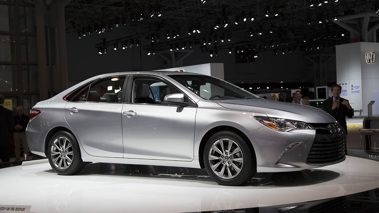 Toyota Camry Vii 2016 Images 2