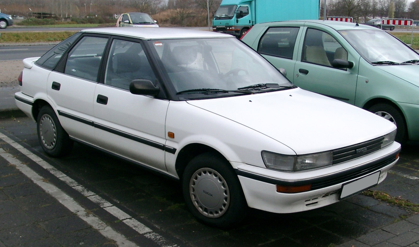 1992 toyota corolla liftback e10 pictures information. Black Bedroom Furniture Sets. Home Design Ideas