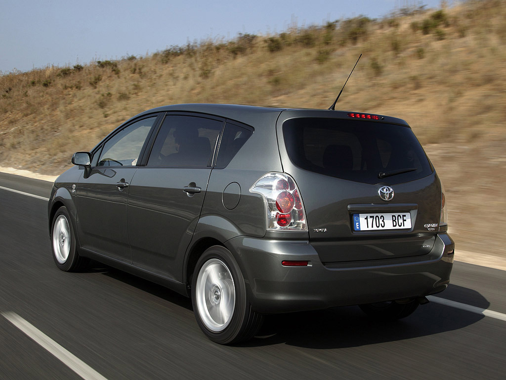 2010 toyota corolla verso pictures information and specs auto. Black Bedroom Furniture Sets. Home Design Ideas