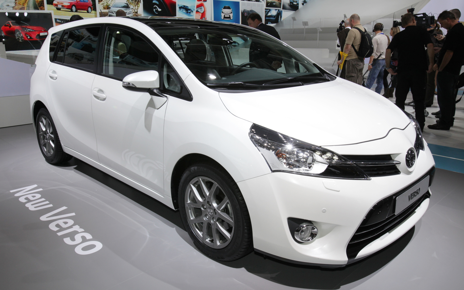 2015 toyota corolla verso pictures information and specs auto. Black Bedroom Furniture Sets. Home Design Ideas