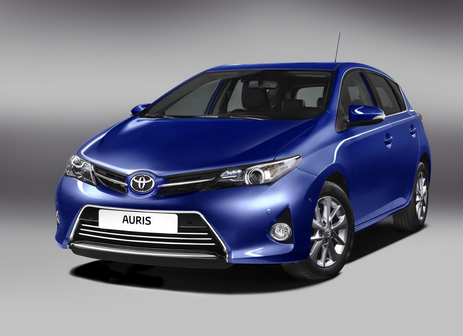 2016 Toyota Corolla Verso Pictures Information And