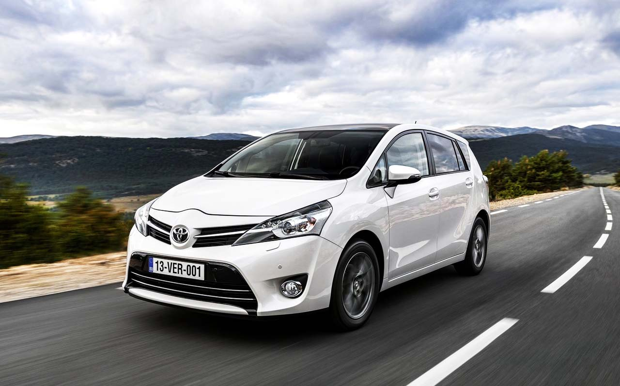 toyota corolla verso 2016 images