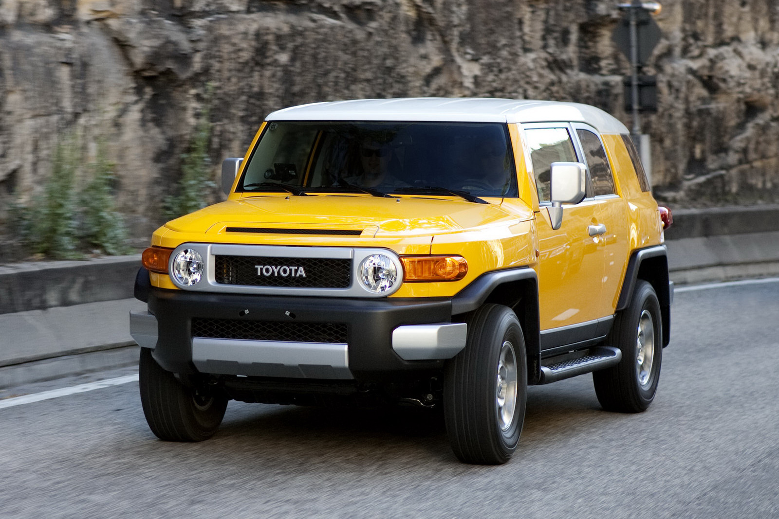 2015 toyota fj cruiser pictures information and specs auto. Black Bedroom Furniture Sets. Home Design Ideas