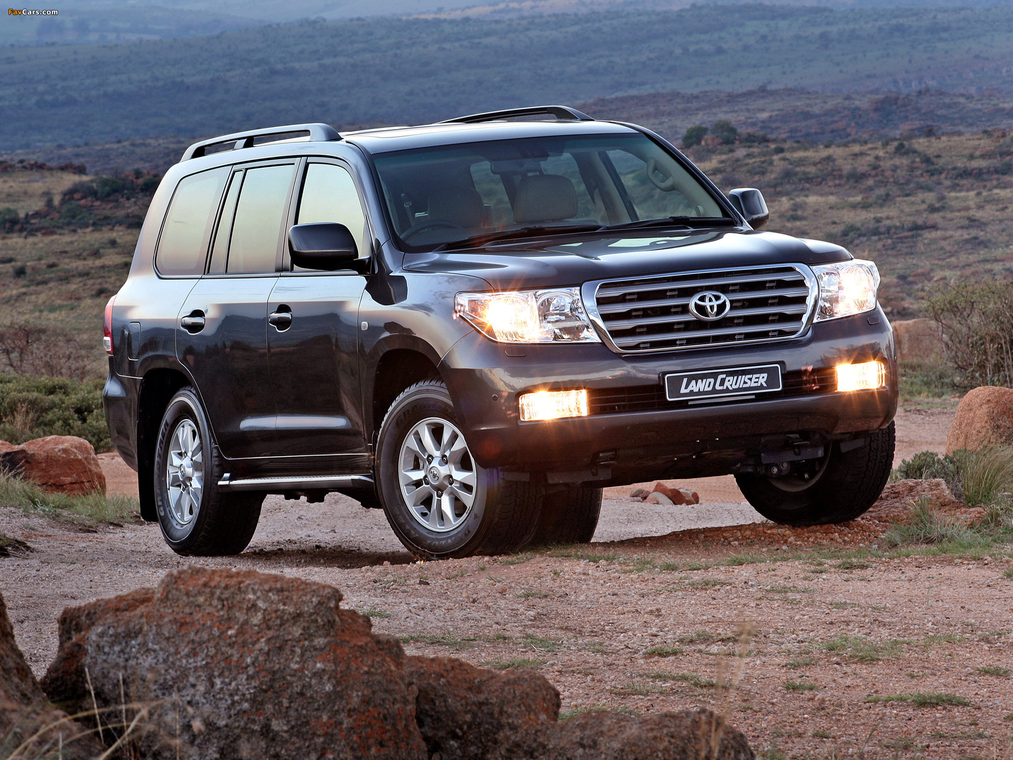 2007 toyota land cruiser 200 pictures information and. Black Bedroom Furniture Sets. Home Design Ideas