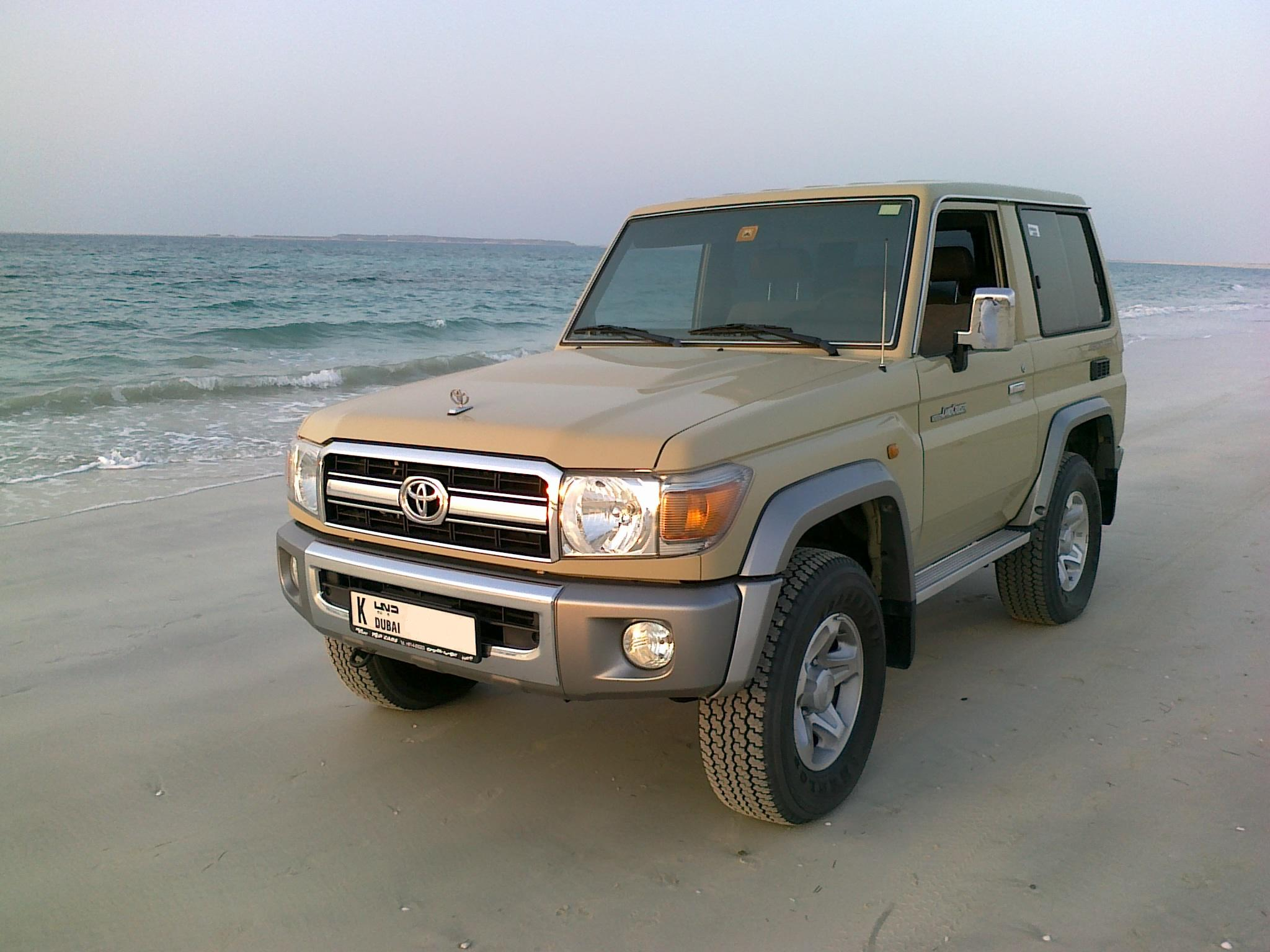 toyota land cruiser (j7) 1990 pictures #6