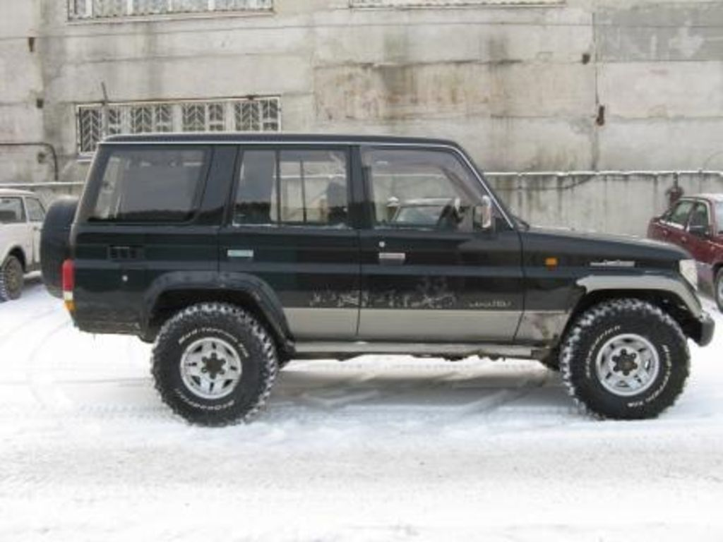 1994 Toyota Land cruiser (j7) – pictures, information and