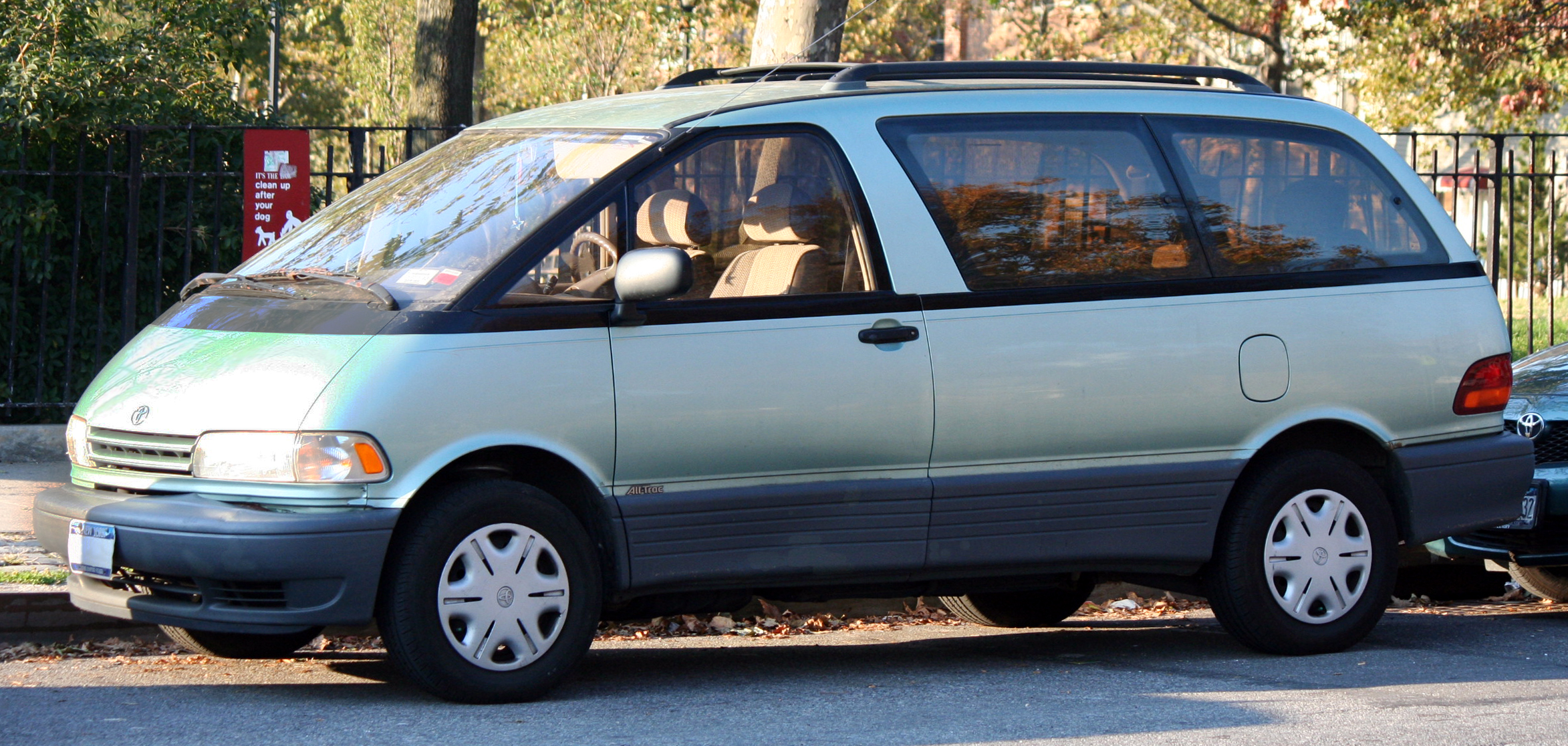 toyota previa pictures #6