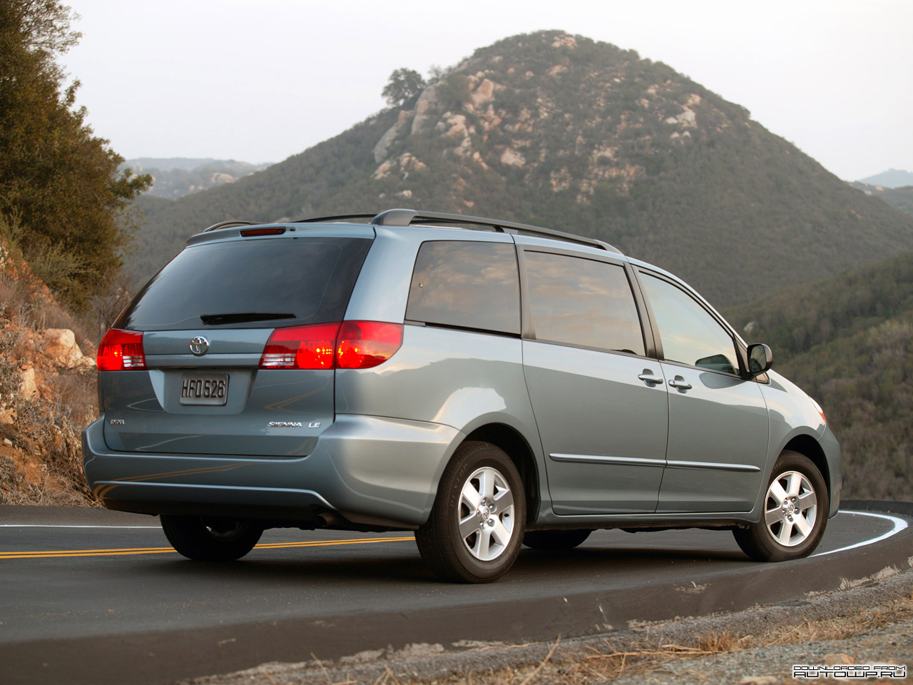 2003 toyota sienna ii pictures information and specs. Black Bedroom Furniture Sets. Home Design Ideas