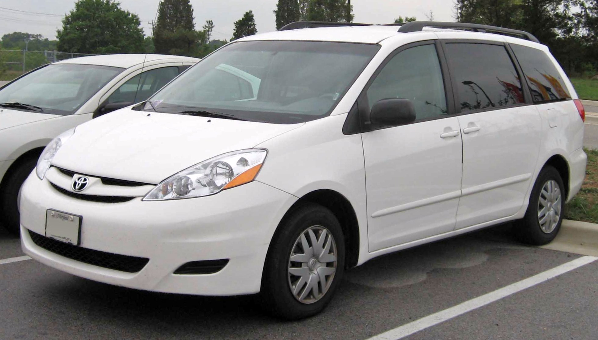 2008 toyota sienna ii pictures information and specs. Black Bedroom Furniture Sets. Home Design Ideas