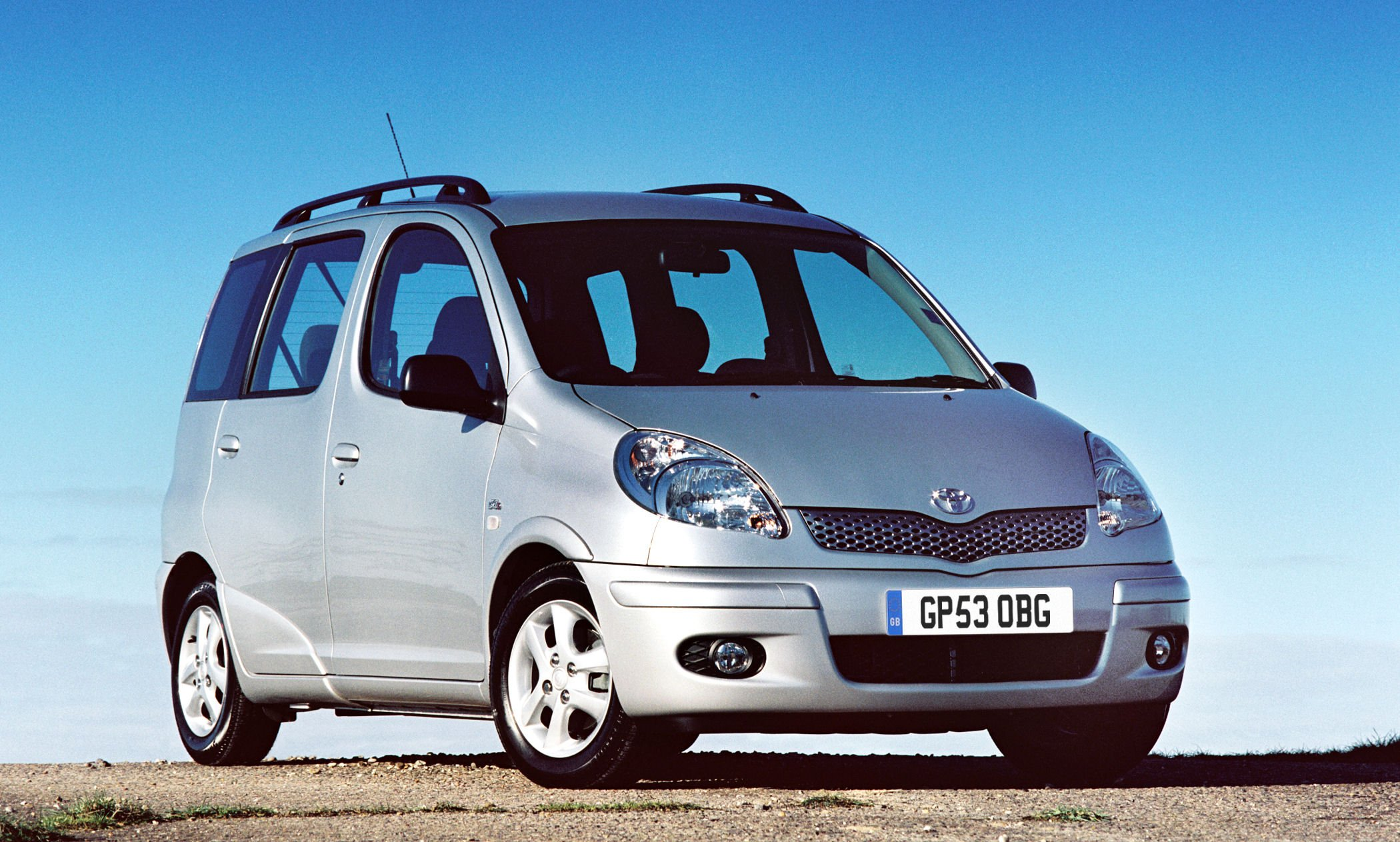 2005 toyota yaris verso p2 pictures information and. Black Bedroom Furniture Sets. Home Design Ideas