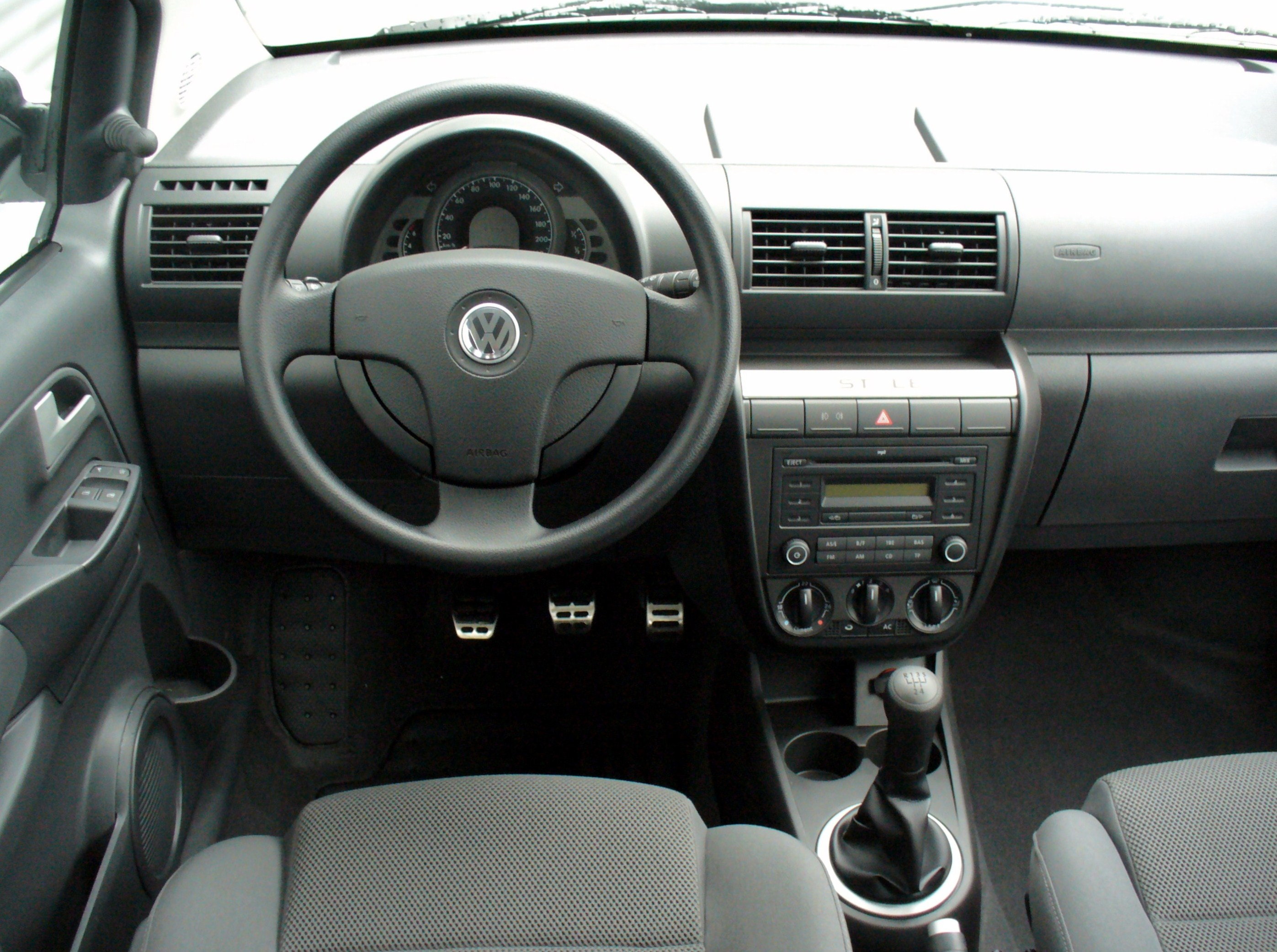 fuse box for vw beetle volkswagen fox     pictures  information and specs auto  volkswagen fox     pictures  information and specs auto