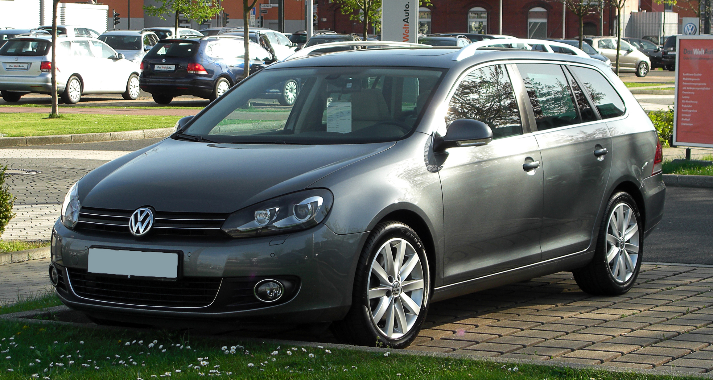 2010 volkswagen golf vi variant pictures information and specs auto. Black Bedroom Furniture Sets. Home Design Ideas