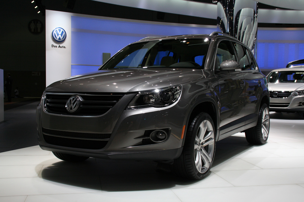 2007 volkswagen tiguan pictures information and specs auto. Black Bedroom Furniture Sets. Home Design Ideas