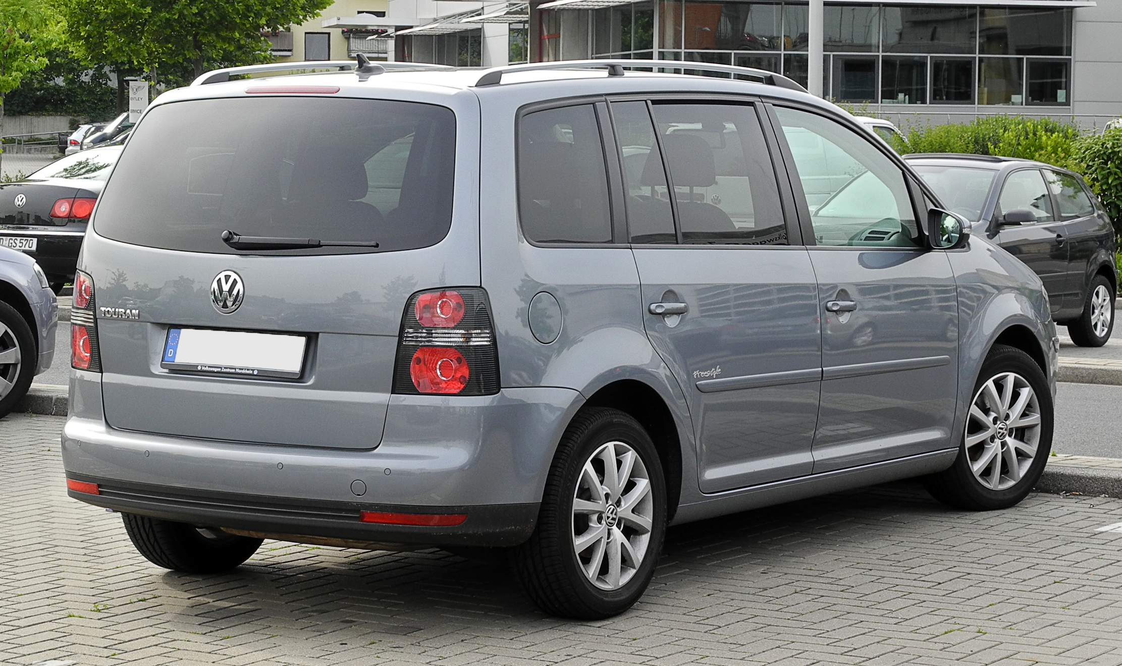 2011 volkswagen touran 1t pictures information and specs auto. Black Bedroom Furniture Sets. Home Design Ideas