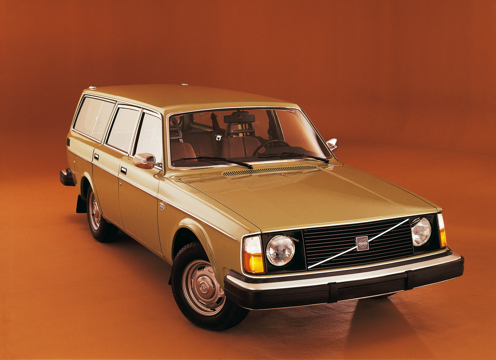 1990 volvo 240 kombi (p245) – pictures, information and specs