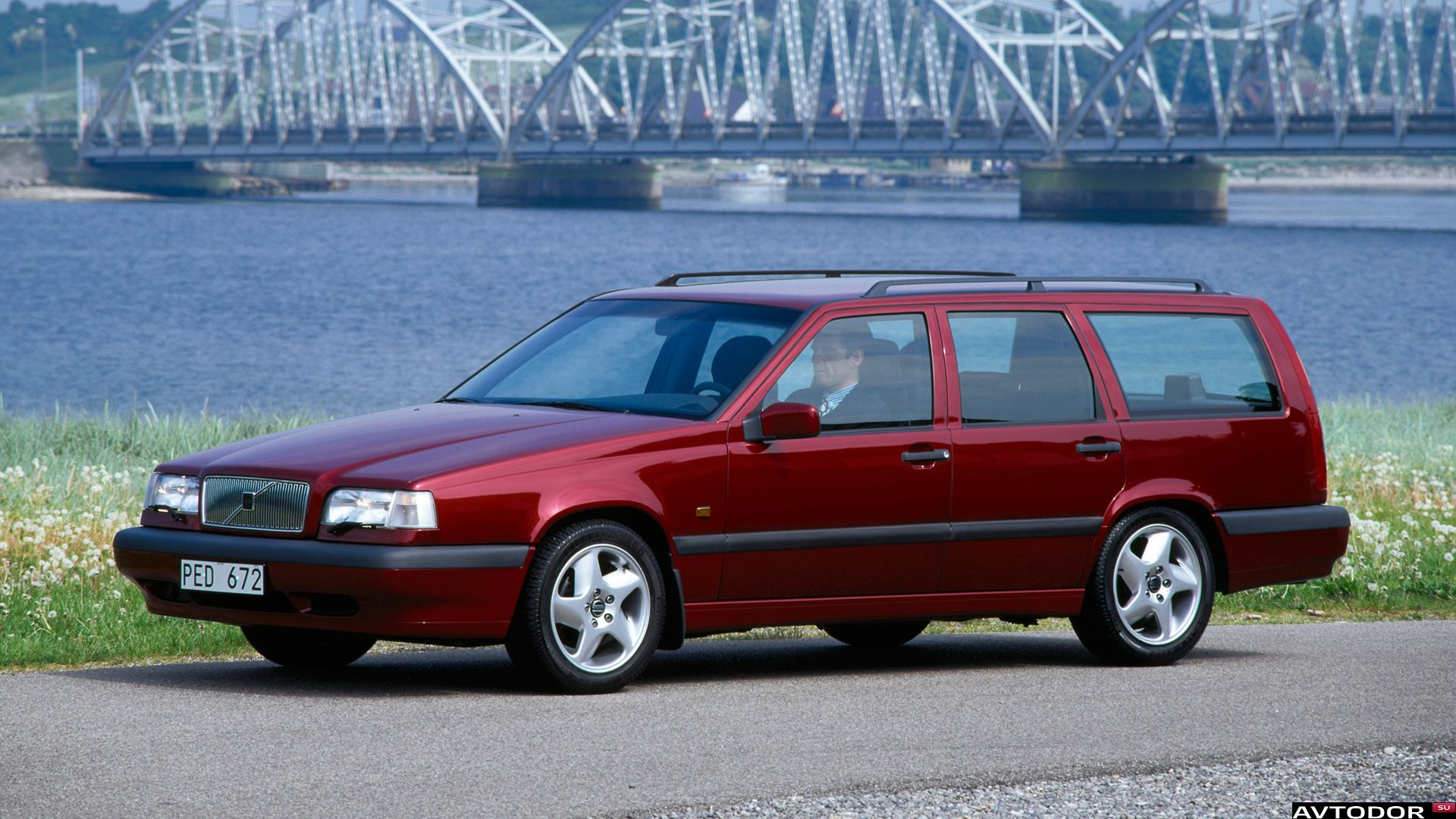 1994 volvo 850 kombi lw pictures information and specs auto. Black Bedroom Furniture Sets. Home Design Ideas