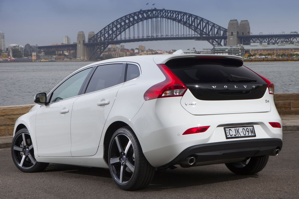 volvo v40 pictures information and specs auto. Black Bedroom Furniture Sets. Home Design Ideas