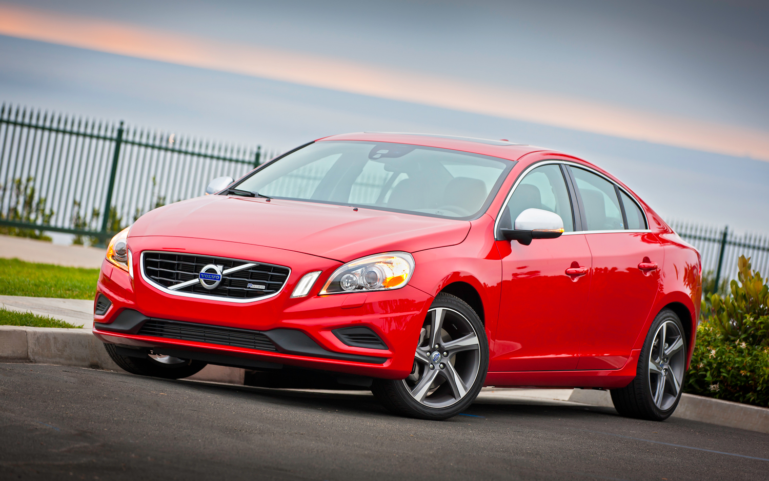 2012 volvo v60 f pictures information and specs auto. Black Bedroom Furniture Sets. Home Design Ideas